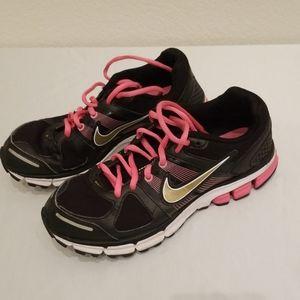 Nike Women Size 6 Pink Black Running Shoes